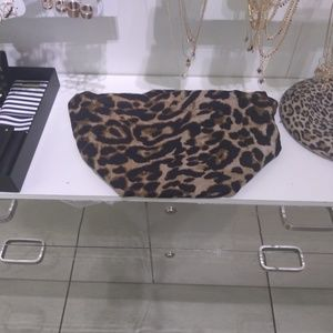 Animal print scarf to match all your fall clothes